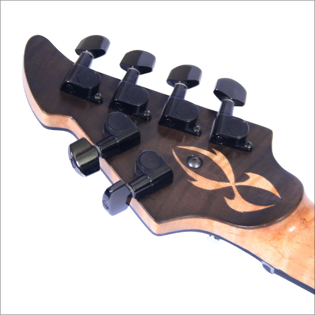 Through Neck by Maret Guitars